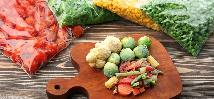 Food Preservation Guide V: Blanching, Freezing + Seal-A-Meal Tips